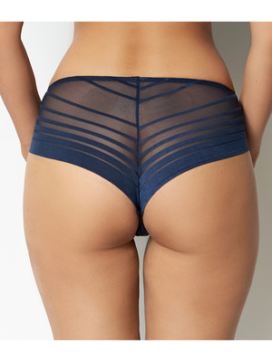 Tanga Lift Up