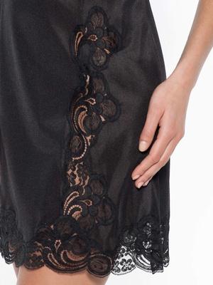 Fond de robe dentelle de Calais, 90cm