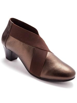 Boots cuir à bandes croisées élastiquées