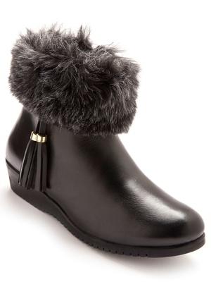 Boots cuir avec col fourrure