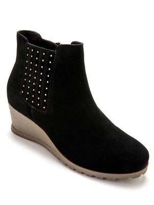Boots détails clous grande largeur