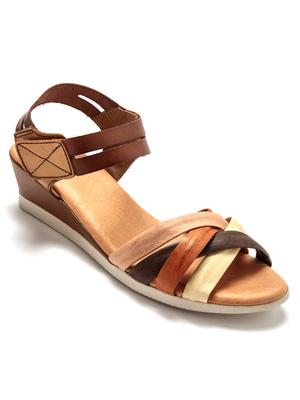 Sandales cuir, Largeur confort