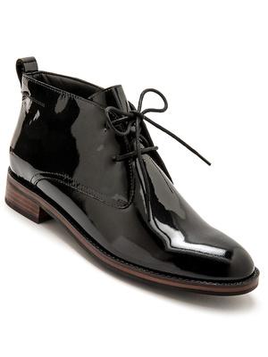 Boots vernies à lacets en cuir